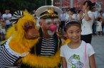 Клоун с обезьяной! Обезьяна с клоуном! В год обезьяны Вам обязательно нужна обезьяна!!!!